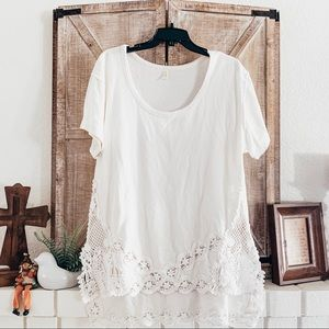 FREE PEOPLE White Floral Crochet High Low Top